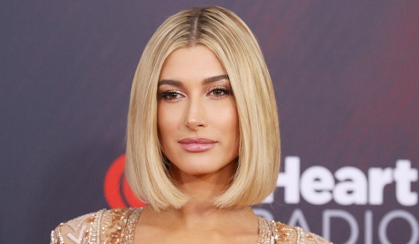 Hailey Bieber wears glitter makeup